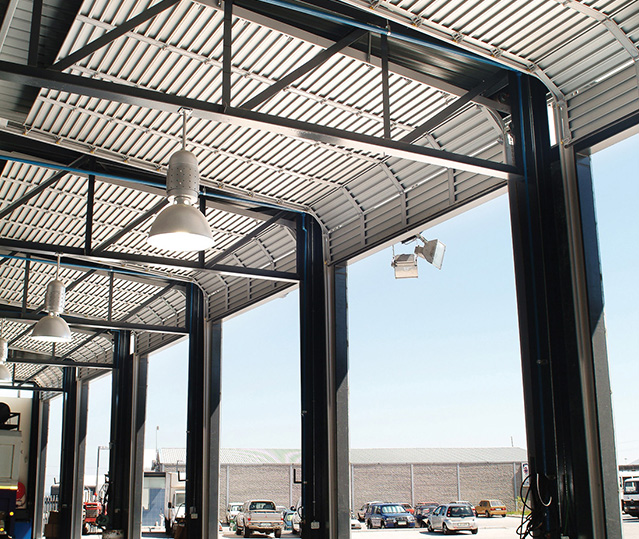 Sectional Overhead Commercial Coroma
